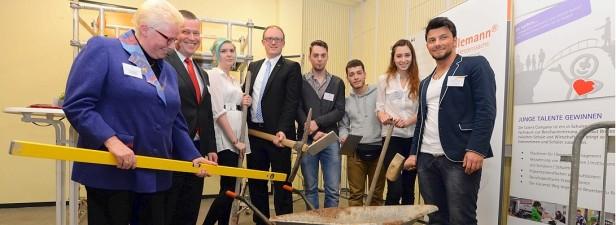 """""""Talent Company"""" – ein Ort, wo Wirtschaft auf Jugend trifft"""